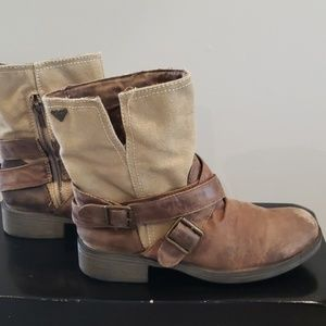 Women's Roxy Storm Brown Boots US 7.5